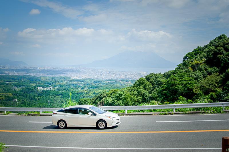 指宿スカイラインから眺める桜島や錦江湾の景色も一見の価値ありです。